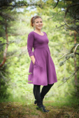 Lilac dress with big hidden pockets and 3/4 sleeves